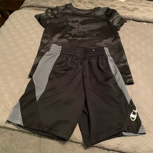 Boys size 7/8 champion outfit